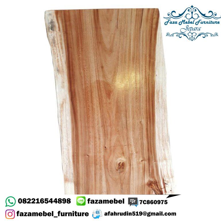 meja-kayu-suar-di-bali (1)